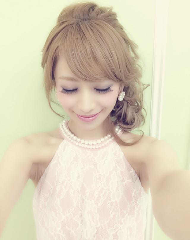 【愛沢えみり】現役人気キャバ嬢の髪型をチェック!